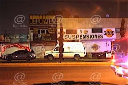 Dos muertos y un herido deja balacera entre clientes de un bar en Tecámac