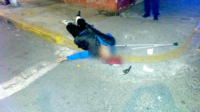 El cómplice fue trasladado a un hospital de la zona.