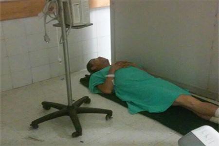 Los pacientes son atendidos en condiciones infrahumanas.