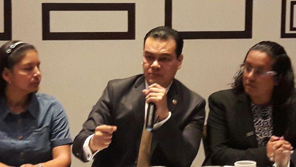 El ex edil de Neza mostró su preocupación por la alarmante situación de violencia.
