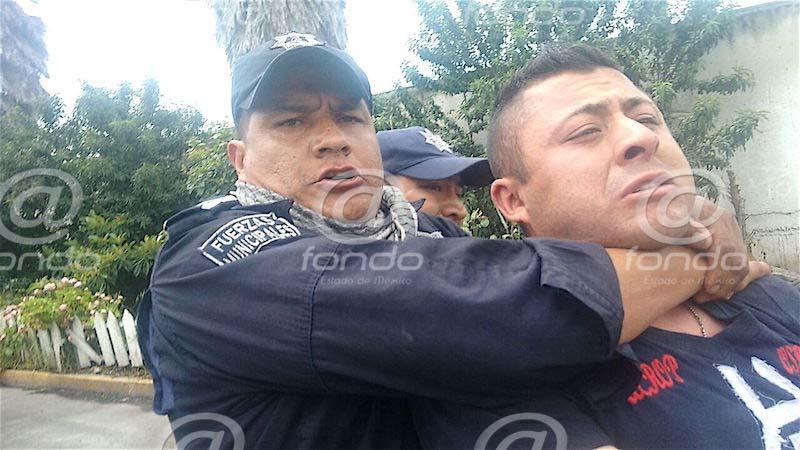 VIDEO: Automovilista pierde ojo por golpiza de policías; su 'delito' fue pasarse un alto