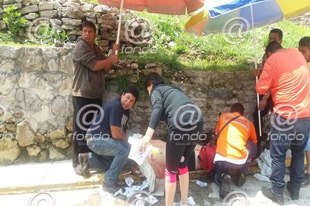 Los heridos fueron trasladados a un hospital del IMSS.