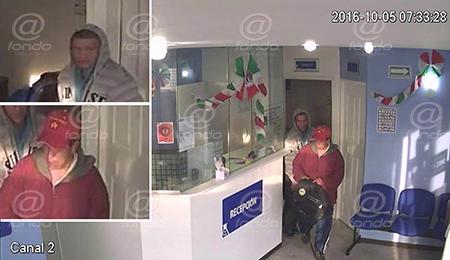Los sujetos robaron también a los clientes.