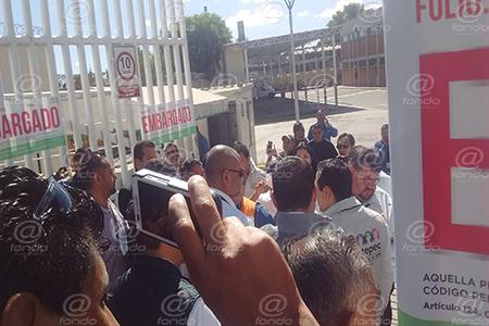 Los empleados municipales se llevaron automóviles de la paraestatal.