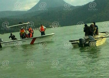 Los cuerpos de emergencia y bomberos no han podido localizarlo.