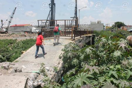 Camiones de carga ocasionaron el deterioro de la estructura.