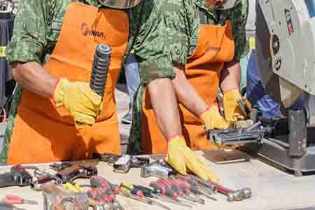 A cambio de las armas se dará dinero, equipo de cómputo y electrónicos.