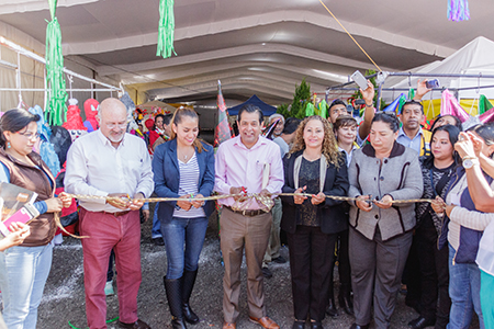 El alcalde busca fomentar la economía de los productores locales.