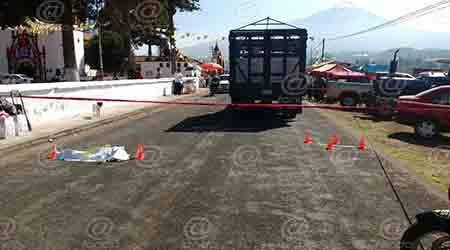 El chofer de la camioneta fue detenido.