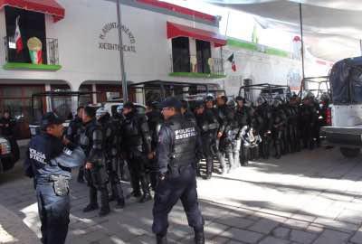 El edificio fue resguardado después del ataque.