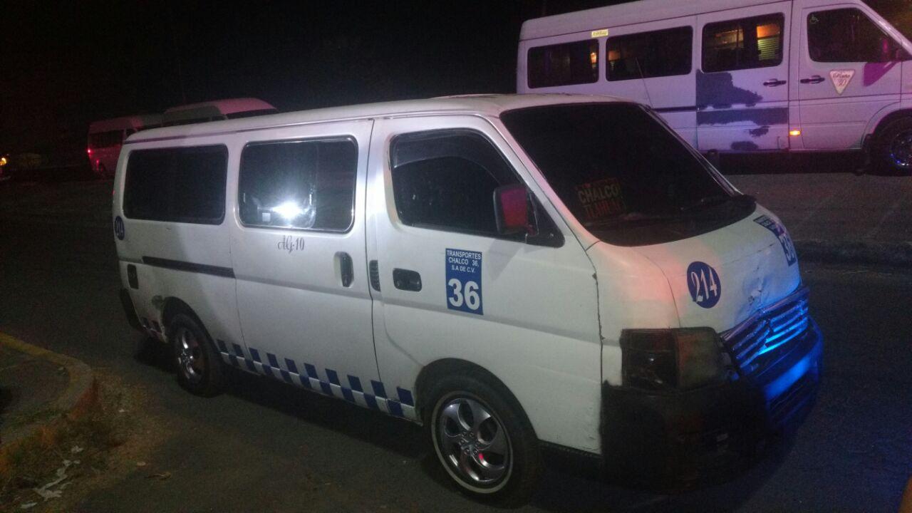 El chofer de la unidad solicitó el apoyo policiaco.