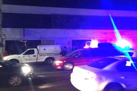 El cuerpo quedó tendido en Avenida Insurgentes sin que hubiera rastros del responsable en el accidente